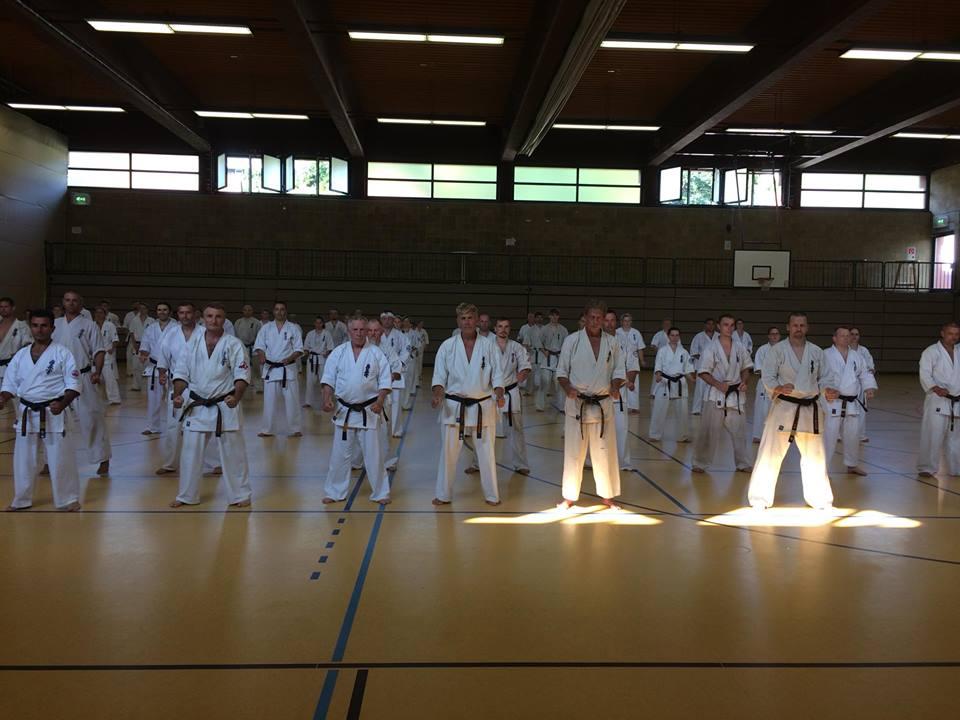 Helsingin Ju-Jutsuklubin Kyokushin karatekat osallistuivat Kyokushin karaten  Euroopan pääleirille Saksan Bad Hersfeldissä 2.-5.8.2018. 20032b1ab0