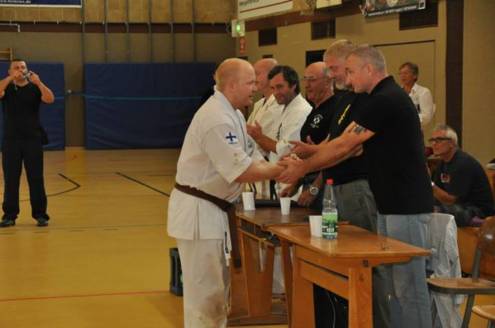HJJK - Kyokushin Karaten 1 Dan 333366b357